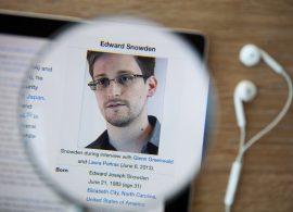 Сноуден готов учить пользователей защите от шпионажа Facebook